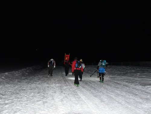 hiking_mondschein_rodel.jpg